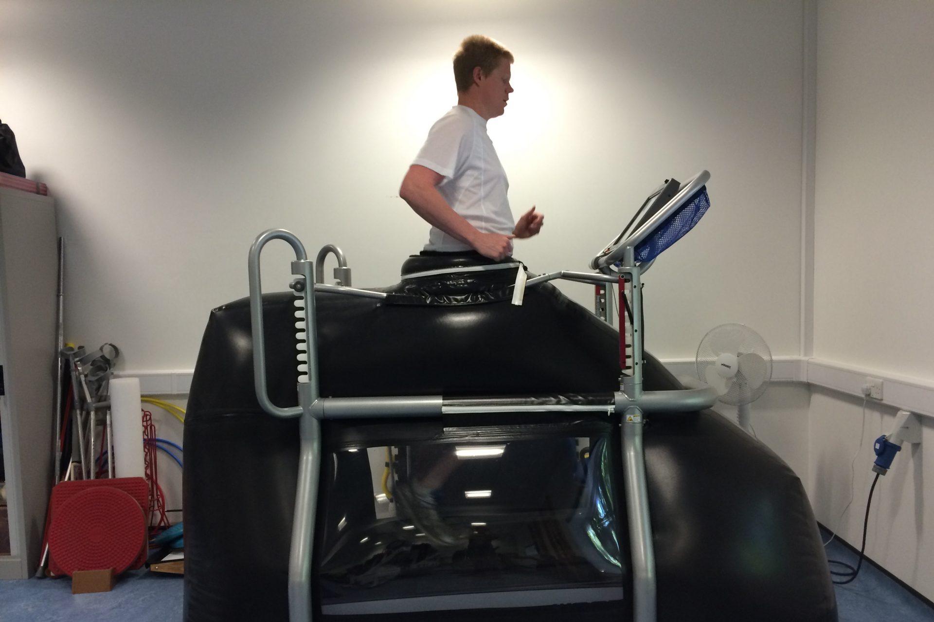 running on treadmill after meniscus surgery)
