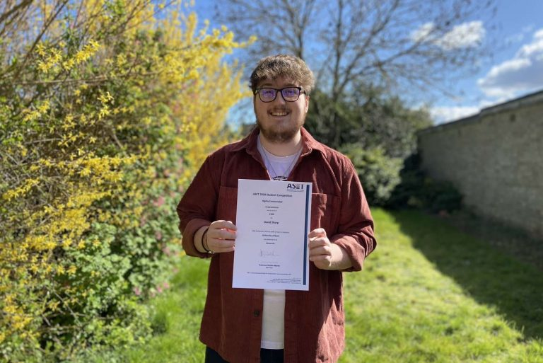 Work placement leads to an award – and job – for computing student