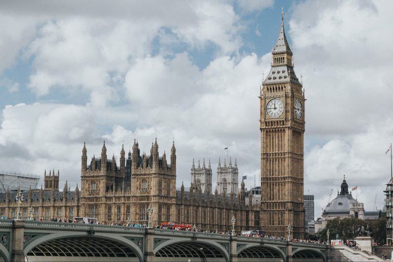 Experts to discuss how to rebuild a sustainable Houses of Parliament (12 May)