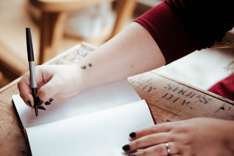 Reading, writing and mental health – essentials from the School of English