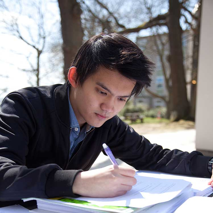 Christopher Ju Leong Low