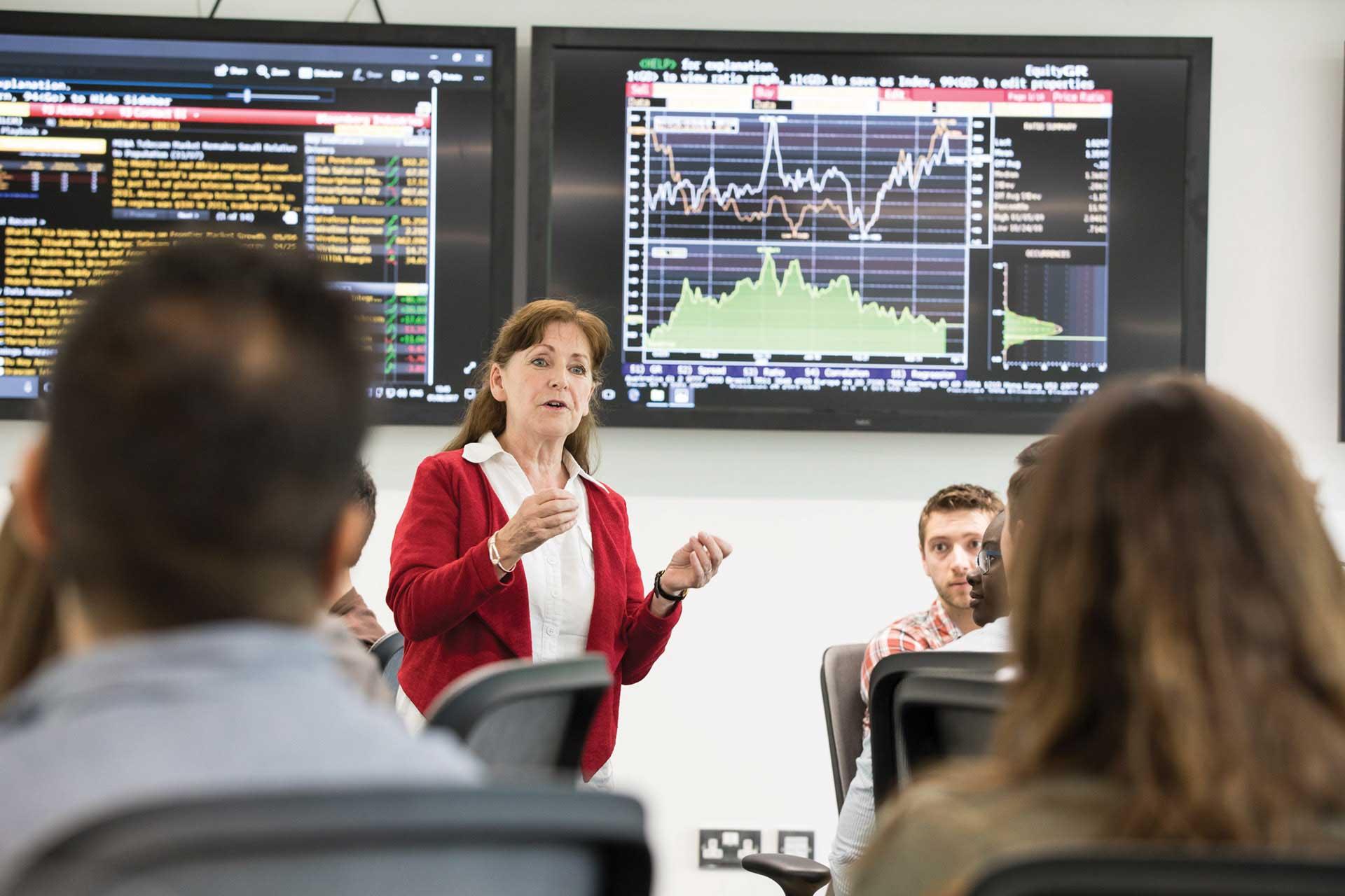 Image representing Professional Economist - Higher Apprenticeship